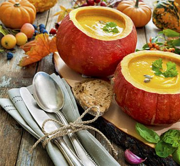 Hokkaido Kuerbis verarbeiten zu Suppe